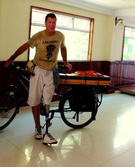 Un miroir et un vélo contre ses fantômes